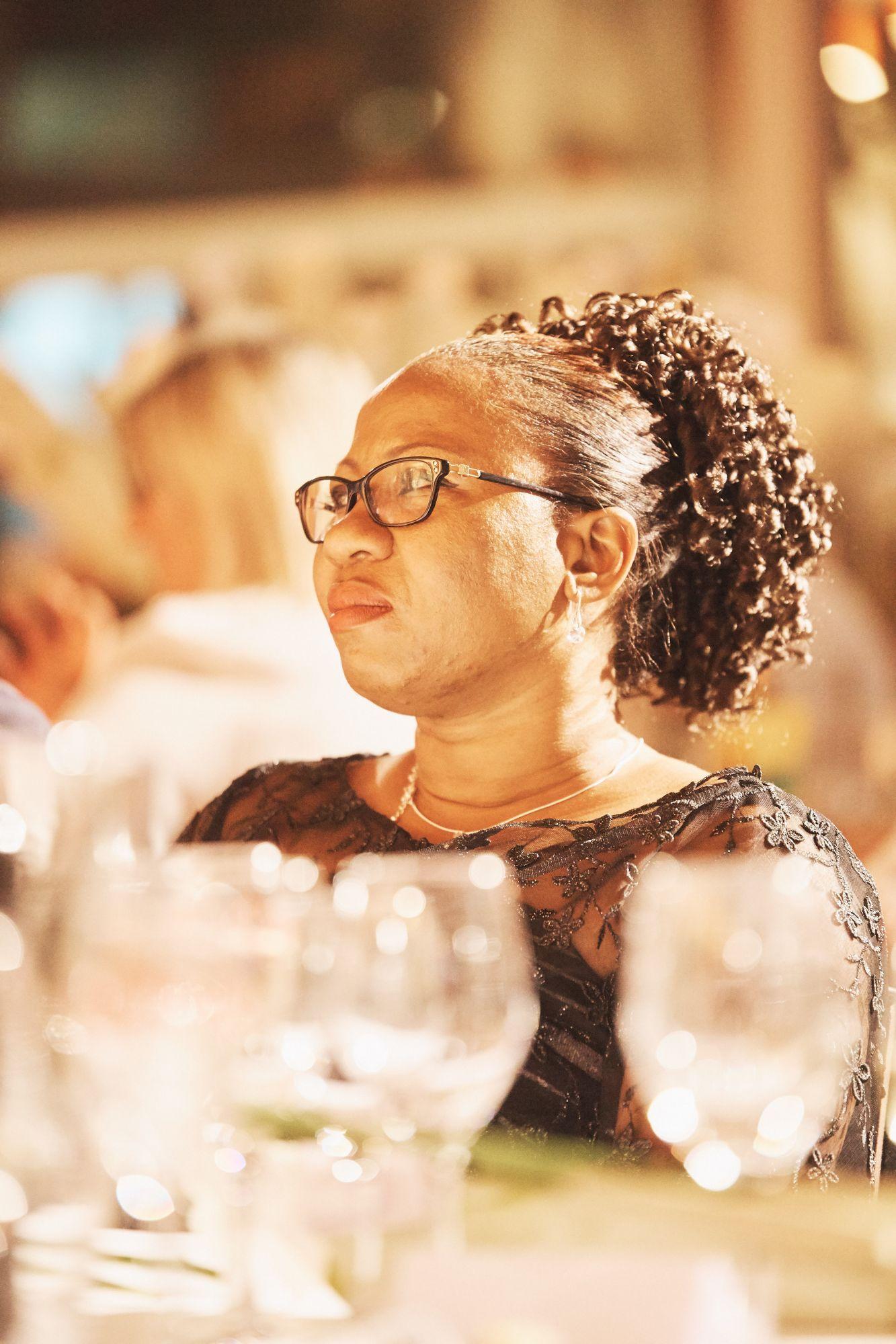 Christine Amisi Notia représentante de la Fondation Panzi mise à l'honneur lors du dîner d'ouverture